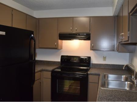 Kitchen Area | Northlake Apartments