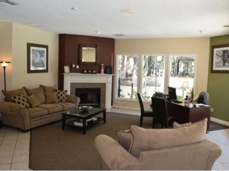 Huge Living Area | Northlake Apartments