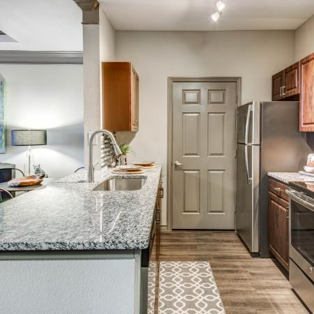Luxurious Kitchen | Apartment Homes in Austin, TX | Hyde Park at Wells Branch