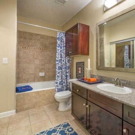 Elegant Master Bathroom   Apartments Houston, TX   Melia Medical Center