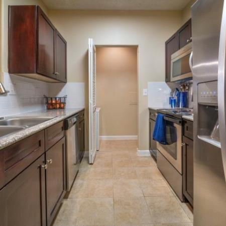 Spacious Kitchen   Apartments for rent in Houston, TX   Melia Medical Center