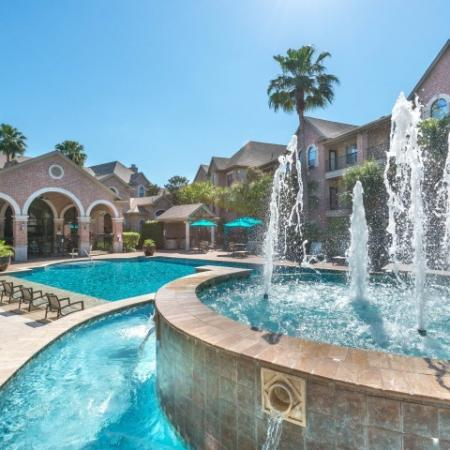 Resort Style Swimming Pool   Apartment Homes in Houston, TX   Melia Medical Center