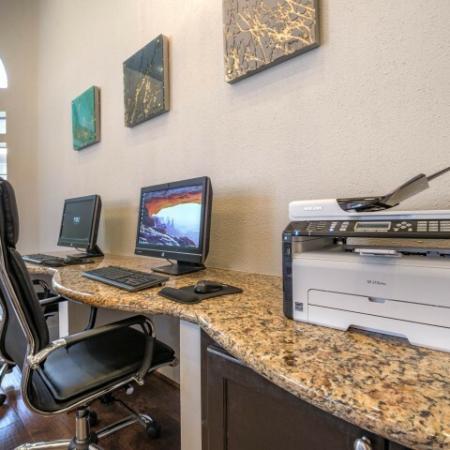 Resident Business Center | Houston TX Apartment For Rent | Lincoln Medical Center