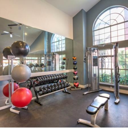 Cutting Edge Fitness Center | Apartments Homes for rent in Houston, TX | Lincoln Medical Center