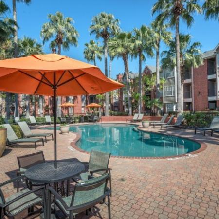 Resident Hot Tub | Apartments in Houston, TX | Lincoln Medical Center