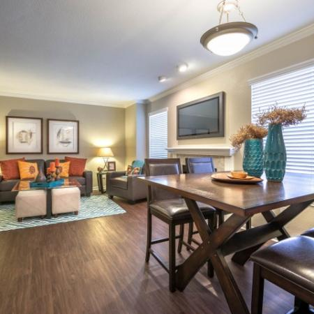 Elegant Dining Room | Houston TX Apartments For Rent | Lincoln Medical Center