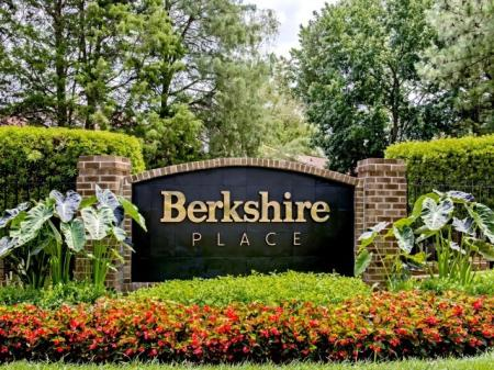 Charlotte NC Apartment For Rent | Berkshire Place