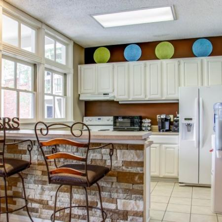 Spacious Dining Room | Apartment in Charlotte, NC | McAlpine Ridge Apartments
