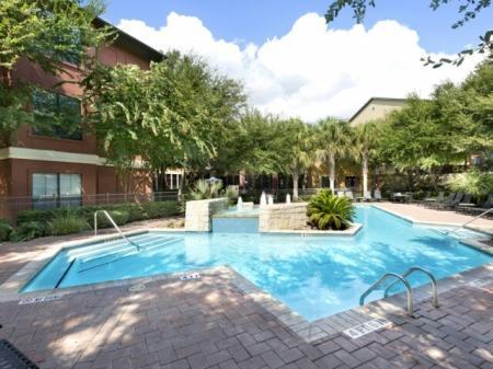 Resort Style Swimming Pool | Apartment Homes in San Antonio, TX | Broadstone at Colonnade