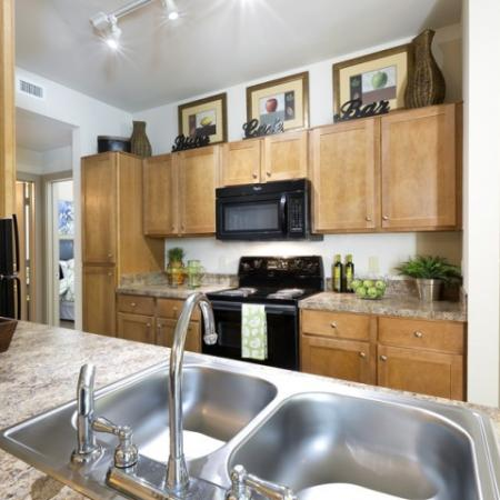 Elegant Kitchen | Apartments in San Antonio, TX | Broadstone at Colonnade