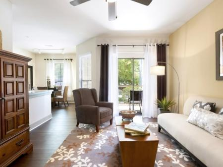 Luxurious Living Area | Apartment in San Antonio, TX | Broadstone at Colonnade