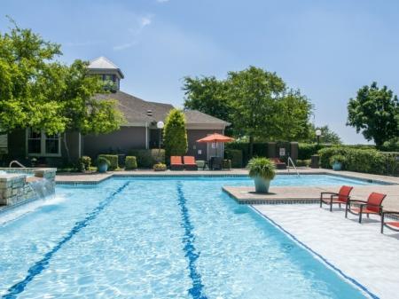 Sparkling Pool | Apartments for rent in San Antonio, TX | Escalante