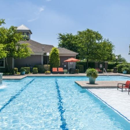 Sparkling Pool | Apartments for rent in San Antonio, TX | Escalante