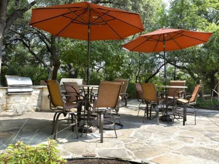 Resident Sun Deck | San Antonio TX Apartment For Rent | Escalante