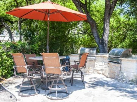 Community Sun Deck | Apartments in San Antonio, TX | Escalante