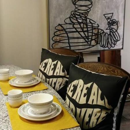 Elegant Dining Room | Nashville TN Apartments For Rent | 909 Flats