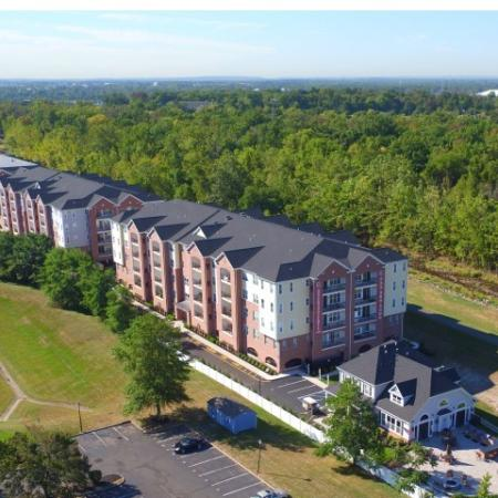 Bound Brook Apartment Community | Queens Gate 1