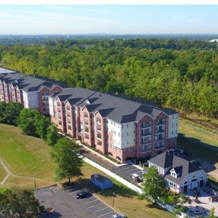 Bound Brook Apartment Community | Queens Gate 1
