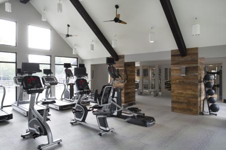 State-of-the-Art Fitness Center | The Lakes of Bellevue Apartments