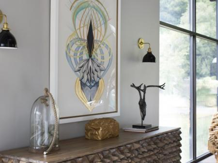 Decor | The Lakes of Bellevue Apartments