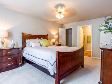 Elegant Master Bedroom | Apartments Biloxi, MS | Grand Biscayne Apartments
