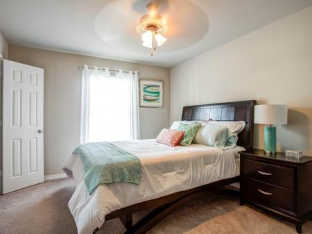 Spacious Master Bedroom | Apartments Homes for rent in Biloxi, MS | Grand Biscayne Apartments