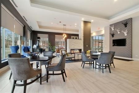 Glenview Apartments | Midtown Square