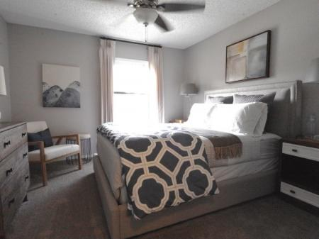 Spacious Bedroom | The Lakes of Bellevue Apartments