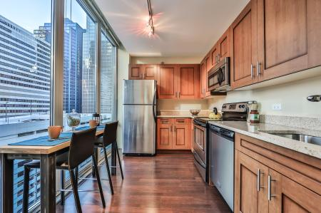 State-of-the-Art Kitchen | Chicago IL Apartment Homes | 215 West Apartments