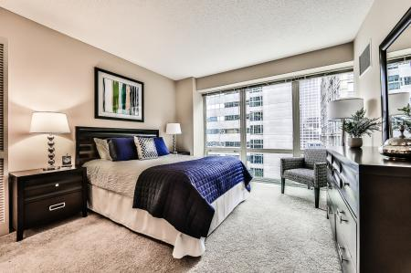 Spacious Bedroom | Chicago IL Apartment Homes | 215 West Apartments