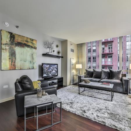 Spacious Living Room | Apartments in Chicago, IL | 215 West Apartments