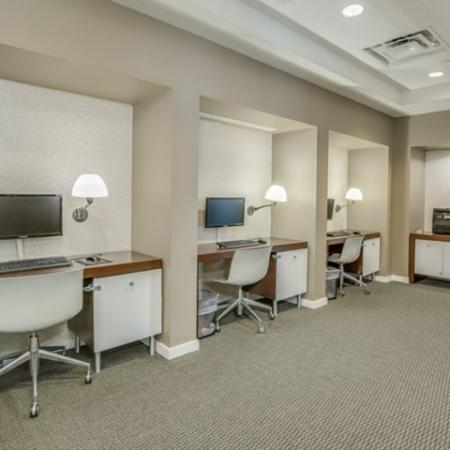 Downtown-jacksonville-apartments-computer-lab
