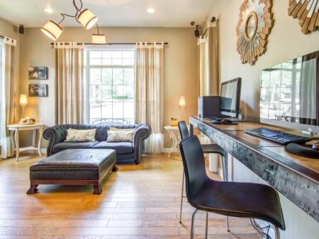 Business Center | Apartments Atlanta, GA | Hawthorne Gates
