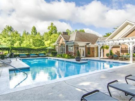Resort Style Swimming Pool | Apartment Homes in Atlanta, GA | Hawthorne Gates