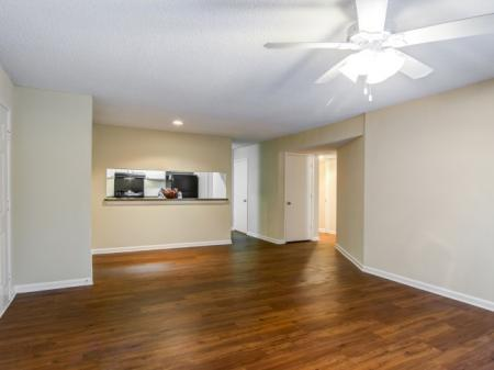 Updated Apartments,Apartments Homes for rent in Sandy Springs, GA | Dunwoody Courtyards
