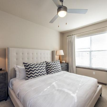 Luxurious Bedroom with Ceiling Fan and Double Windows | Apartments in Nashville, TN | 909 Flats