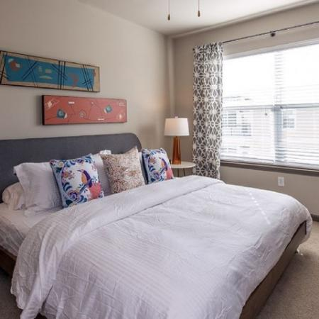 Luxurious Bedroom | Apartments in Nashville, TN | 909 Flats