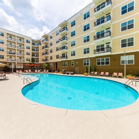 Sparkling Pool  with Lounge Chairs| Apartments for rent in Nashville, TN | 909 Flats