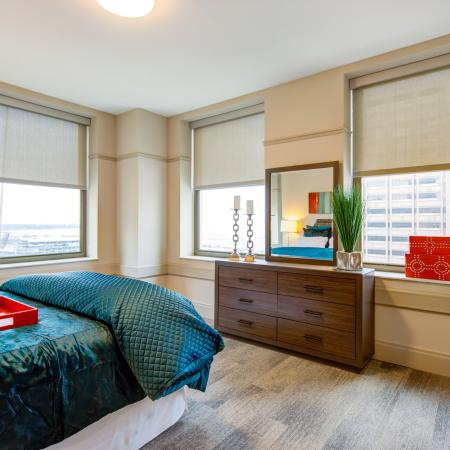 Elegant Master Bedroom | Apartment Homes In Cleveland | The Standard