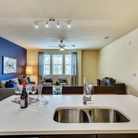 oak cliff apartments