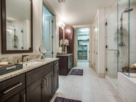 Preston Hollow Village|Luxury Bath| Dallas, TX