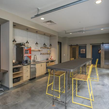 Resident Club Room | Apartment Homes In Nashville | Eastside Heights