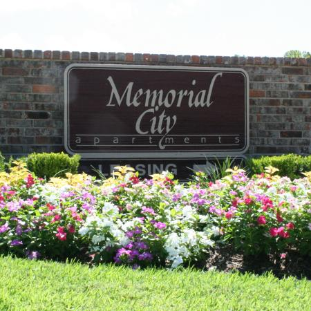 Memorial City main monument sign | Apartment Homes in Houston, TX | Memorial City