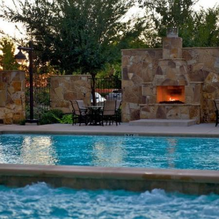 Swimming Pool | Apartments Rockwell TX | Rockwall Commons