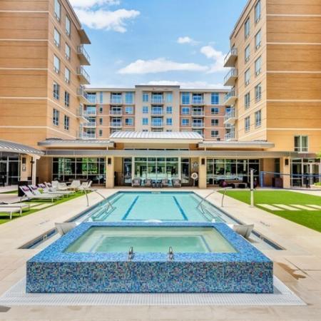 Dallas Uptown Apartments | Preston Hollow Village Residential