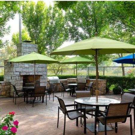 Community BBQ Grills | Kansas CityMO Apartment For Rent | Fountain View on the Plaza