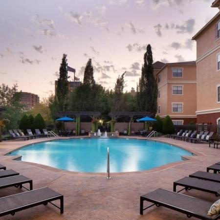 Resort-style Swimming Pool | Apartment in Kansas City , MO | Fountain View on the Plaza