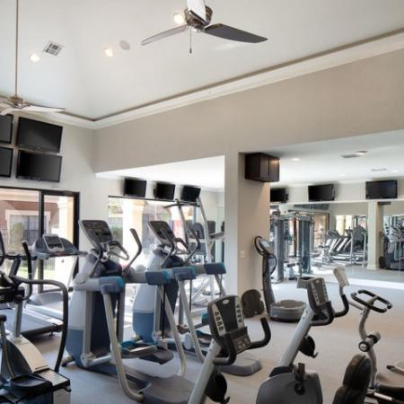 State-of-the-Art Fitness Center | Apartment Homes in Kansas City , MO | Fountain View on the Plaza