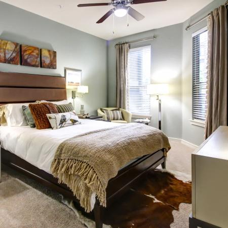 TownHome Living, Spacious floor plans, Huge bedrooms with plush carpet.