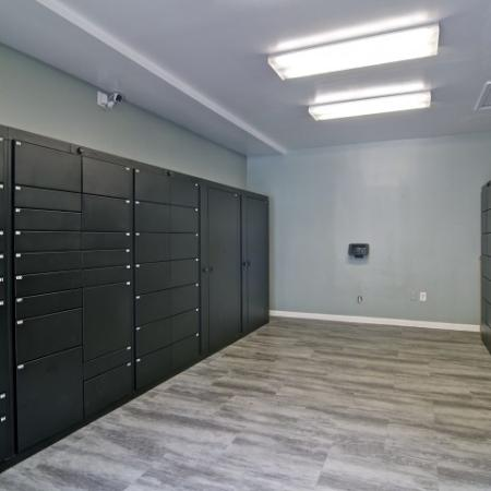 Package Locker mail room with plenty of room for deliveries